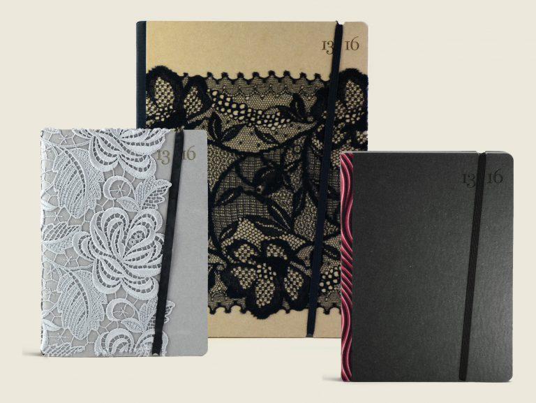 TAccuini e quaderni in pizzo e tessuto